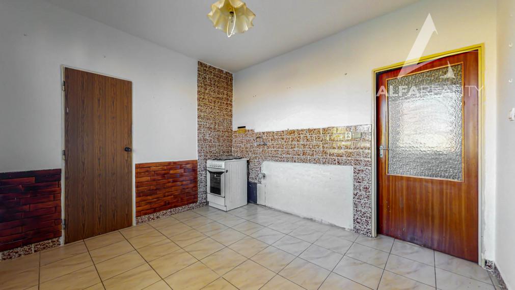 REZERVOVANÉ!! Interaktívna obhliadka - predaj 2 izbový byt, ulica Malá Okružná v meste Partizánske