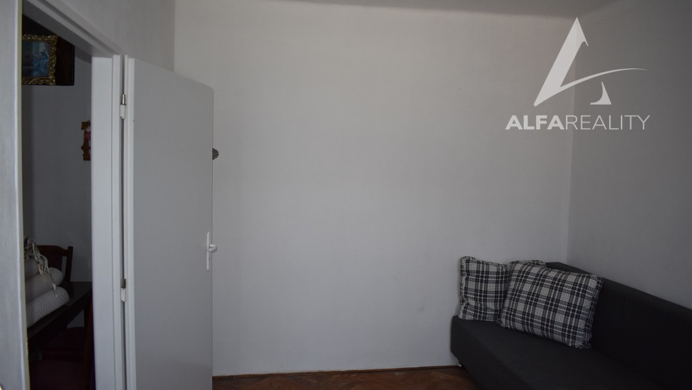 REZERVOVANÉ!! Ponúkame 1 izbový byt neďaleko centra v obci Bošany, okres Partizánske